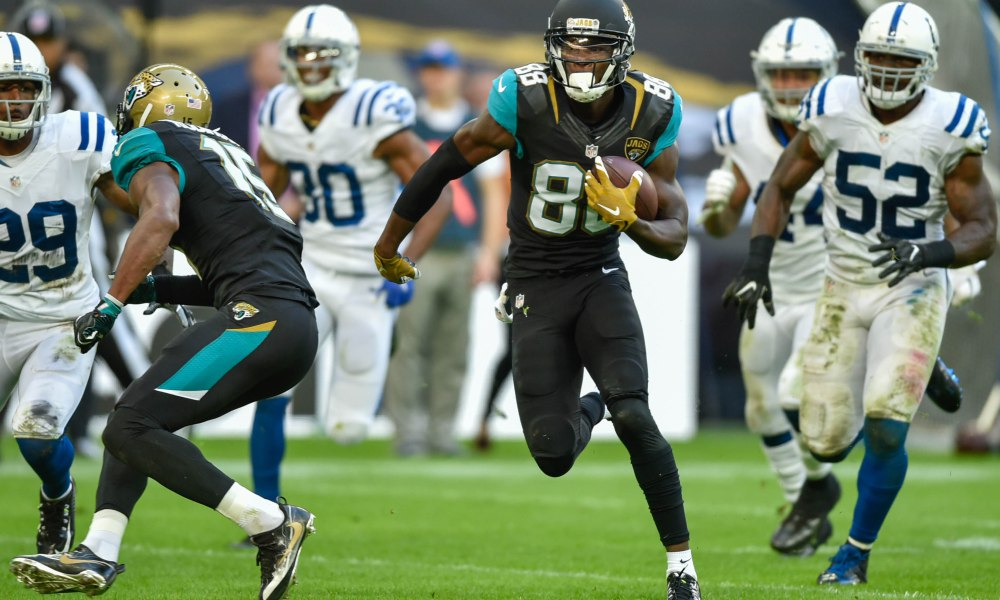 ce4103eee57 Just a day after signing wide receiver Deonte Thompson to a one year deal,  the Cowboys sign another wide receiver in Allen Hurns. According to Pro  Football ...